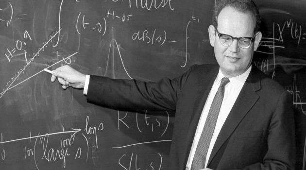 Fondatore della cliodinamica, Peter Turchin sostiene l'esistenza di modelli in grado di predire il collasso delle società.